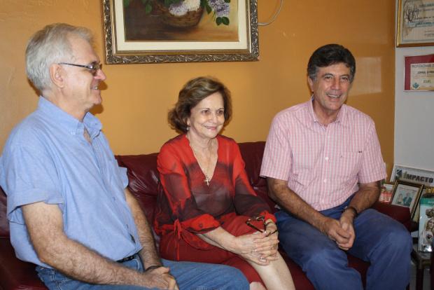 Murilo Zauith em conversa com Carlos Alberto Farnesi e Adiles do Amaral Torres ontem à tarde - Crédito: Foto : Hédio Fazan/PROGRESSO