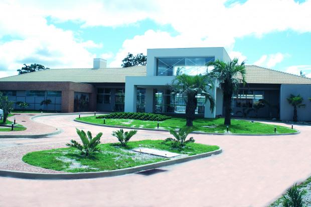 Fachada do salão de festas do clube social do Ecoville Dourados Residence & Resort - Crédito: Foto : Hédio Fazan/PROGRESSO