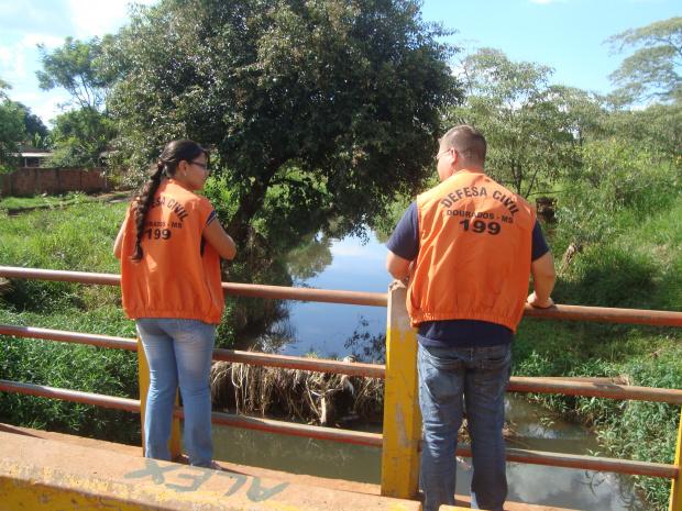 Defesa Civil levanta situação em áreas de risco para remover as famílias - Crédito: Foto:  A Frota