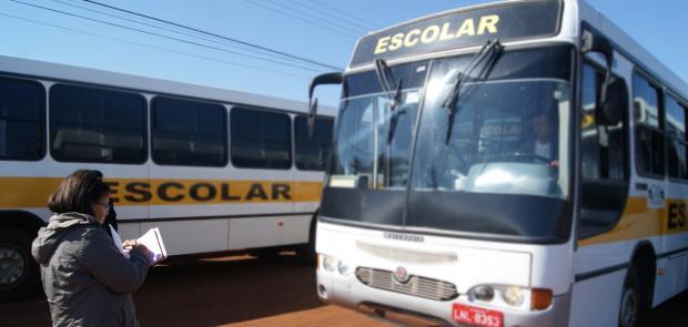 Detran de Dourados começa cobrar licença para veículos de transporte escolar - Crédito: Foto: Hédio Fazan/PROGRESSO
