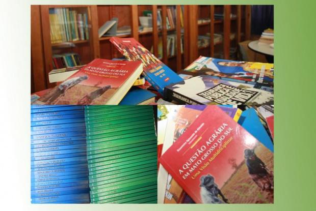 São 63 volumes que mostram a vida e a obra de autores - Crédito: Foto : Divulgação