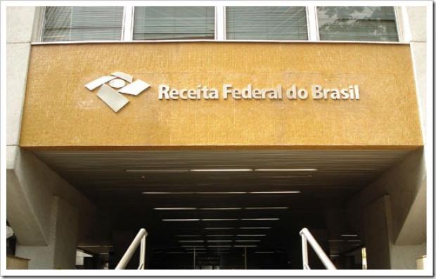 Mensagem falsa utiliza o timbre da Receita Federal e ameaça os contribuintes - Crédito: Foto: Ilustração