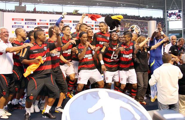 27.02 - Equipe do Flamengo - Crédito: Crédito: Maurício Val/VIPCOMM