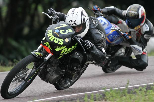 Pilotos disputam Campeonato Amazonense de Motovelocidade - Crédito: Crédito: Luiz Pires/VIPCOMM