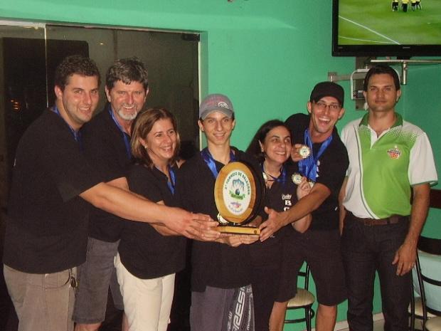 Equipe Camby, campeã do 1º Torneio de Seleções de Boliche - Crédito: Foto: Divulgação