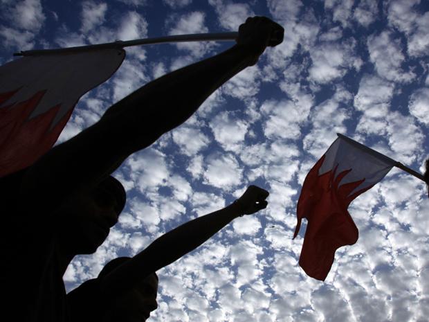 Manifestantes protestam em Manama nesta terça-feira - Crédito: Foto: AP