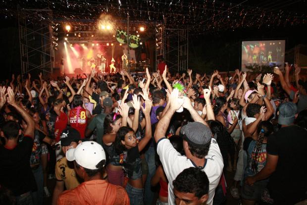 Carnaval em Ivinhema promete reunir muita gente no fim de semana - Crédito: Foto : Paulo César