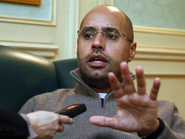 Saif Islam Kadhafi, filho de Muammar Kadhafi, dá entrevista em Trípoli em 26 de fevereiro - Crédito: Foto: AFP