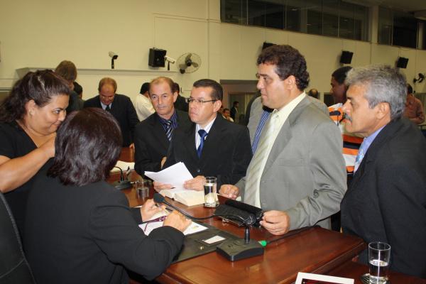 Vereadores discutem a cassação de Marcelão Foto: Hédio Fazan -