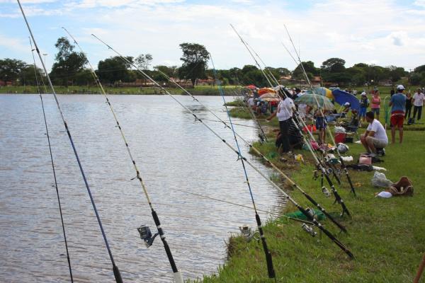 Legenda: Pesca será liberada no Parque Antenor Martins no sábado, domingo e terça-feira  Foto: A Frota -