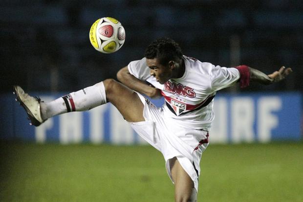 Carpegiani aposta em Luiz Eduardo para esquema versátil -