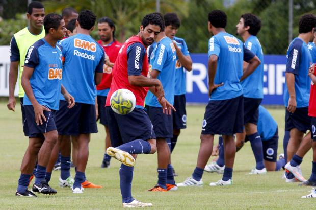 De olho na liderança do Mineiro, Cruzeiro segue para encarar o Tupi em Juiz de Fora -
