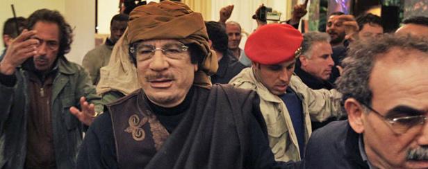 Exclusão aérea mostra intenção de roubar petróleo da Líbia, diz Kadhafi -