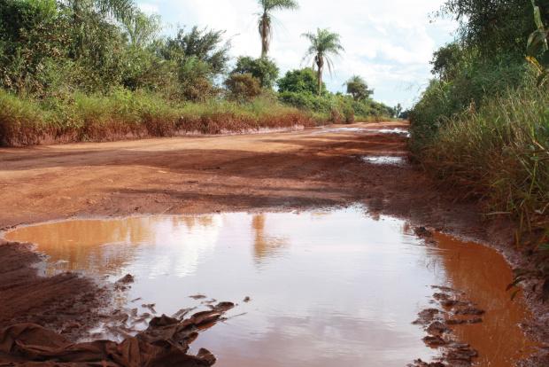 Estradas vicinais de Dourados não passaram por manutenção nos últimos anos - Crédito: Foto: Hédio Fazan/PROGRESSO