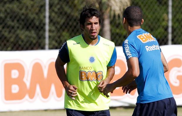 Victorino será a baixa do Cruzeiro na sequência do Mineiro -
