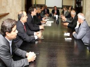 Prefeitos se reúnem com ministro da Integração Nacional, Fernado Bezerra Coelho.  - Crédito: Foto: Adalberto Marques / Integração Nacional
