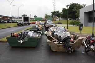 Nove barcos com mercadorias contrabandeadas foram apreendidas em Foz do Iguaçu - Crédito: Foto: Divulgação/PF