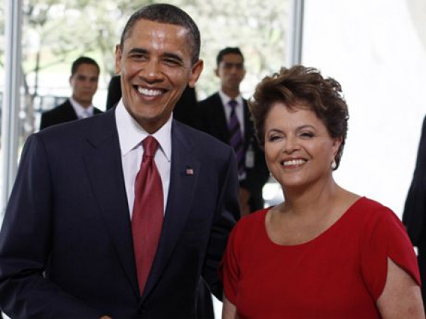 Presidente Dilma e Obama, durante encontro sábado em Brasilia. Foto: Agência Brasil -