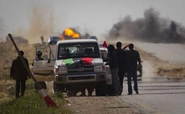 Rebeldes tentam depor Muammar Kadhafi na Líbia  - Crédito: Foto: Anja Niedringhaus/AP