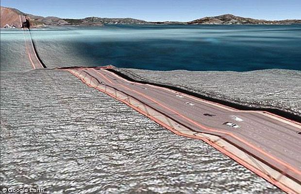Uma falha na função 3D do Google Earth modificou a famosa ponte Golden Gate, em San Francisco, nos Estados Unidos. Ao clicar na opção 'construções em 3D', o ponto turístico da cidade parece ter 'derretido' sobre a água. Essa e outras falhas em pontes fora - Crédito: Foto: Reprodução/Google Earth