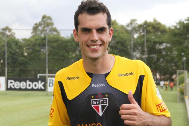 Rhodolfo treina e reforça o São Paulo -