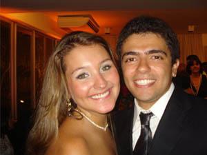 Alessandra Paolinelli e Gustavo Ribeiro, em um casamento - Crédito: Foto: Arquivo Pessoal