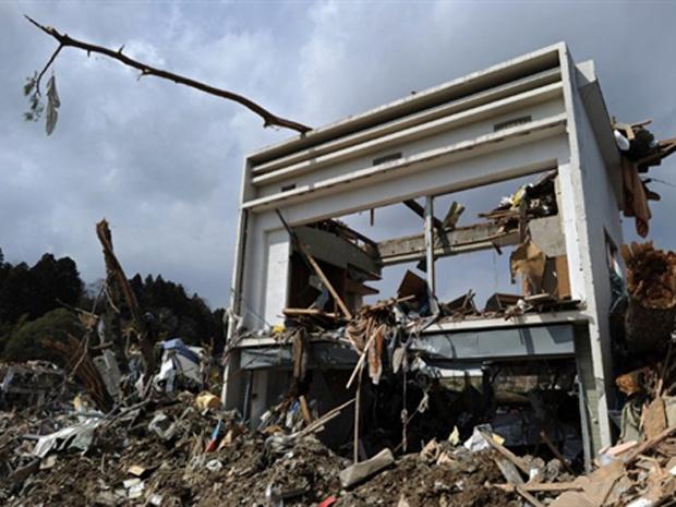Casa destruída pelo tsunami é vista nesta quinta-feira - Crédito: Foto: AFP