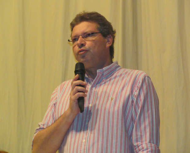 Público acompanhou atento a palestra durante aula magna de Odontologia da Unigran -