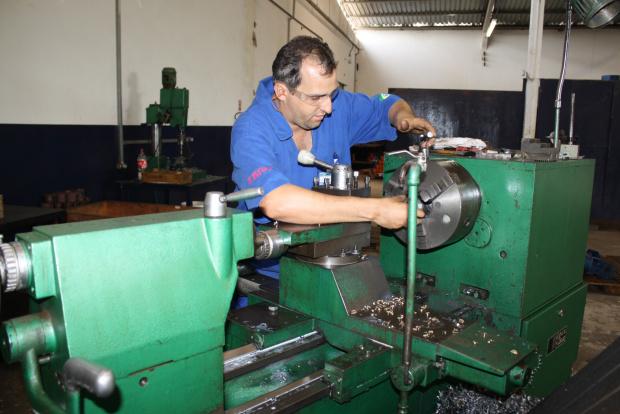 Prestadoras de serviço precisam recorrer a outros Estados para preencher postos de trabalho - Crédito: Foto : Hedio Fa-zan/PROGRESSO