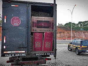 Carga de televisores recuperada em Sergipe  - Crédito: Foto: Divulgação/PRF