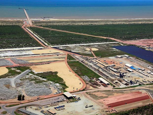 Porto do Açu, em São João da Barra, está previsto para entrar em atividade em 2012 - Crédito: Foto: LLX/Divulgação