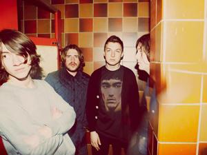 A banda Arctic Monkeys - Crédito: Foto: Divulgação