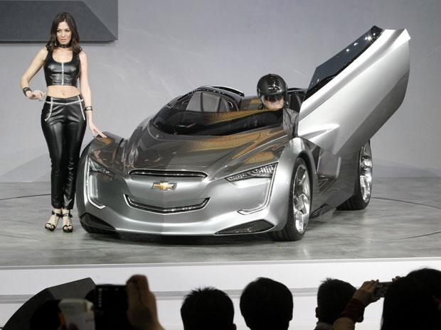 Mi-ray da GM faz homenagem a modelos antigos da montadora - Crédito: Foto: Ahn Young-joon/AP