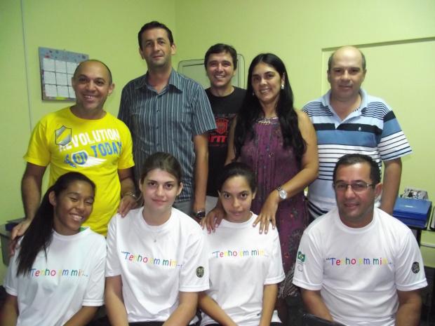 Para-atletas com o professor Pietramale e a equipe do Núcleo de Esporte da Secretaria Municipal de Educação - Crédito: Foto: Divulgação