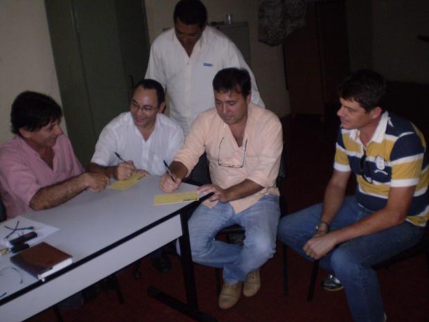 PSDC recebe novos filiados visando às eleições de outubro de 2012 em Dourados - Crédito: Foto: Silva Junior