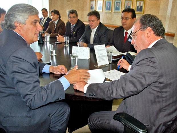 Ministro Fernando Bezerra durante encontro com representantes do Estado de MS - Crédito: Foto : Divulgação