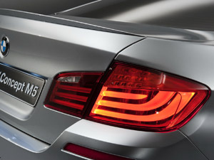 BMW M5 Concept explora uso de LEDs nas lanternas - Crédito: Foto: Divulgação
