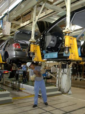 Linha de produção da Toyota em Indaiatuba, no interior de São Paulo - Crédito: Foto: Divulgação
