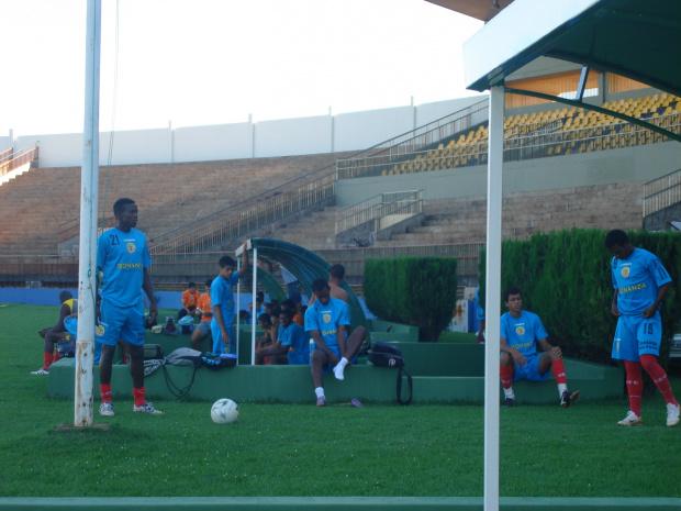 Jogadores do 7 treinam forte para pegar a Pontaporanense neste sabado - Crédito: Foto: Waldemar Gonçalves