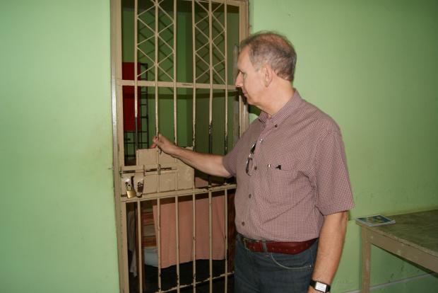 Juiz Zaloart fez vistorias em Uneis de Dourados e pede providências ao Estado - Crédito: Foto: Hédio Fazan/PROGRESSO