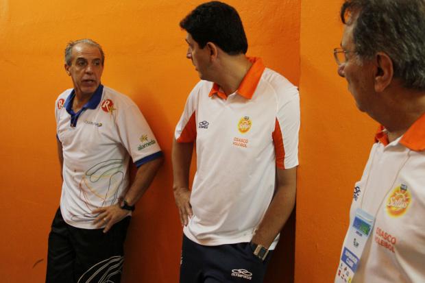 Acidente com equipe adia jogo da Superliga Feminina -