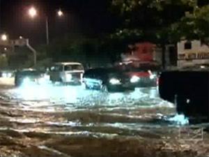 Chuva inundou ruas de São Luis nesta quinta-feira  - Crédito: Foto: Reprodução/TV Globo
