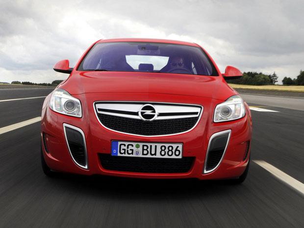 Opel Insigna OPC Unlimited está disponível apenas na Europa - Crédito: Foto: Divulgação/Opel