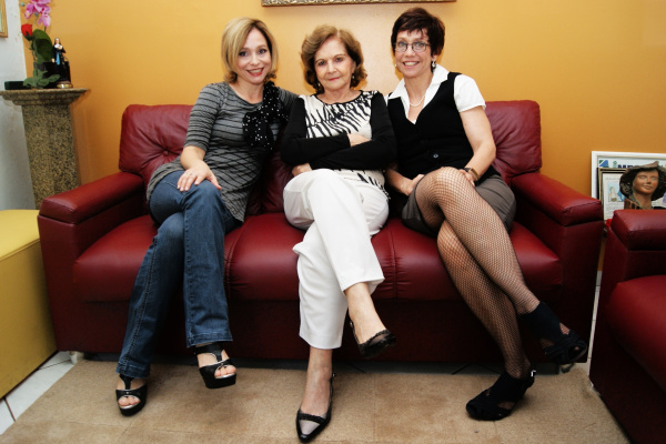 Direção do jornal O PROGRESSO: Adiles Torres e as filhas Blanche e June Foto: Hédio Fazan  -