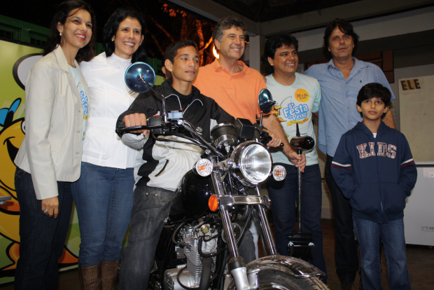O grande vencedor foi Jessé Pereira da Silva, que ganhou uma moto zero - Crédito: Foto: Hédio Fazan/PROGRESSO
