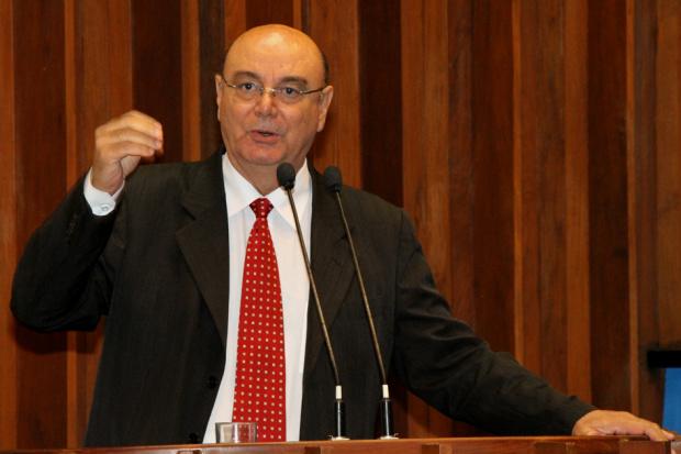 Deputado Tetila, entre assessores, na sede do O PROGRESSO - Crédito: Foto : Divulgação
