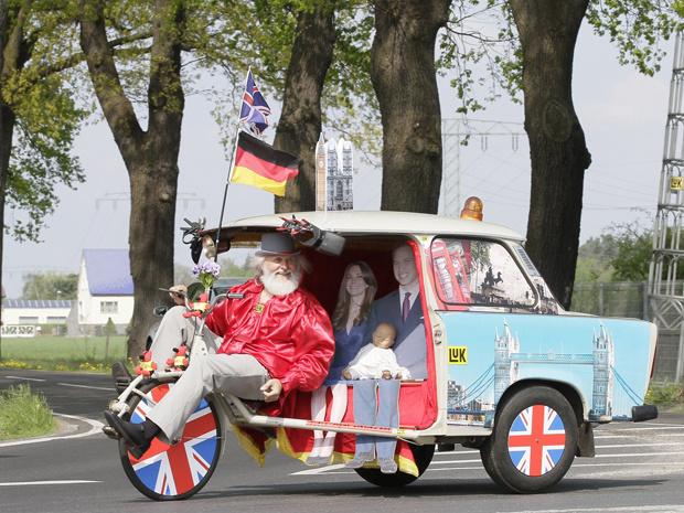 O alemão Didi Senft mostra sua \'bicicleta real\' nesta terça-feira - Crédito: Foto: Reuters