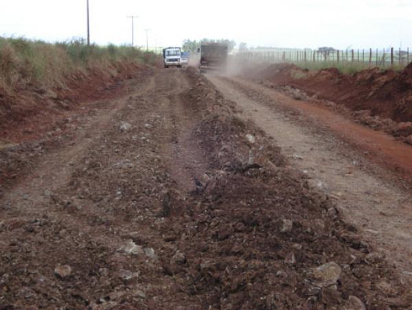 Os serviços estão sendo realizados simultaneamente em 19 rodovias de MS - Crédito: Foto : Divulgação