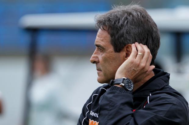 Paulo César Carpegiani, técnico do São Paulo - Crédito: Foto: Wagner Carmo/Inovafoto/Vipcomm