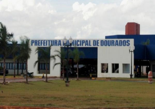 Prefeitura de Dourados deve por fim aos contratos e lançar concurso público - Crédito: Foto: Hédio Fazan/PROGRESSO